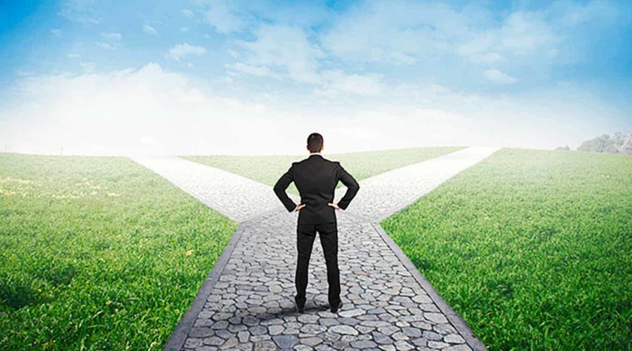 IBD vs. RIA: Which way should an advisor go?